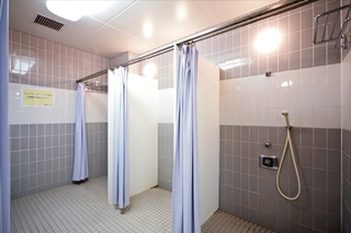 シャワー室(更衣室付属)