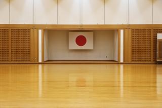 剣道場師範台